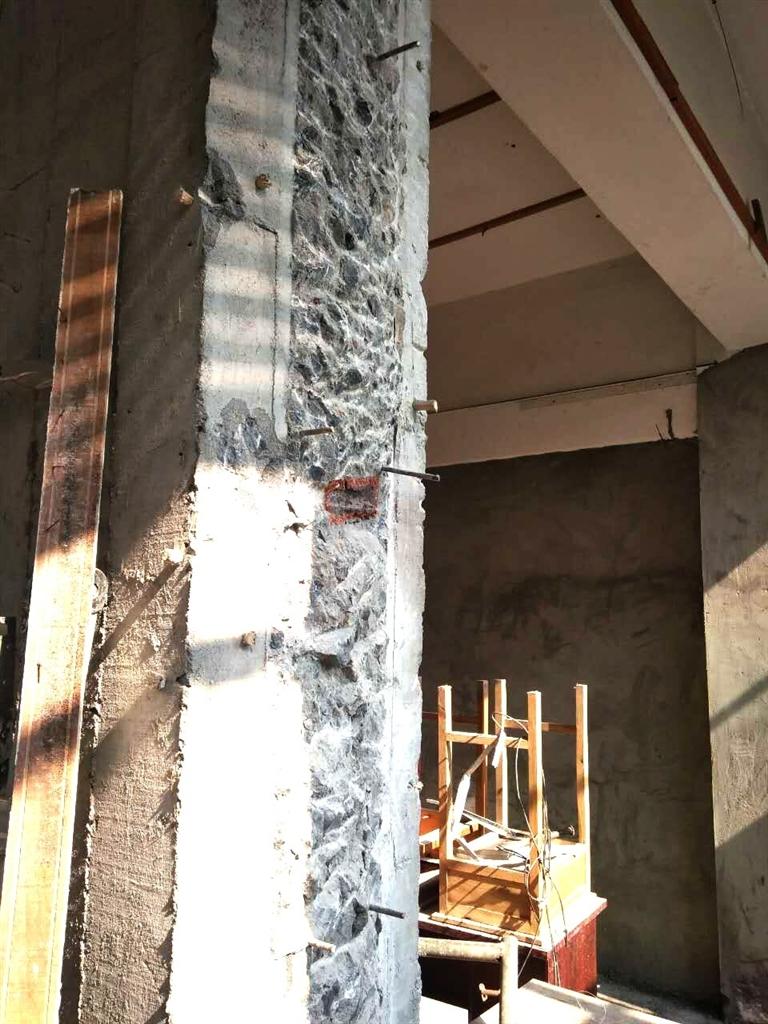 不久后,邵某便把一张由九江市工业建筑设计院设计出的装修改造后平面